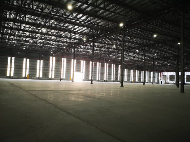 4 Important Factors To Consider When Buying A Factory